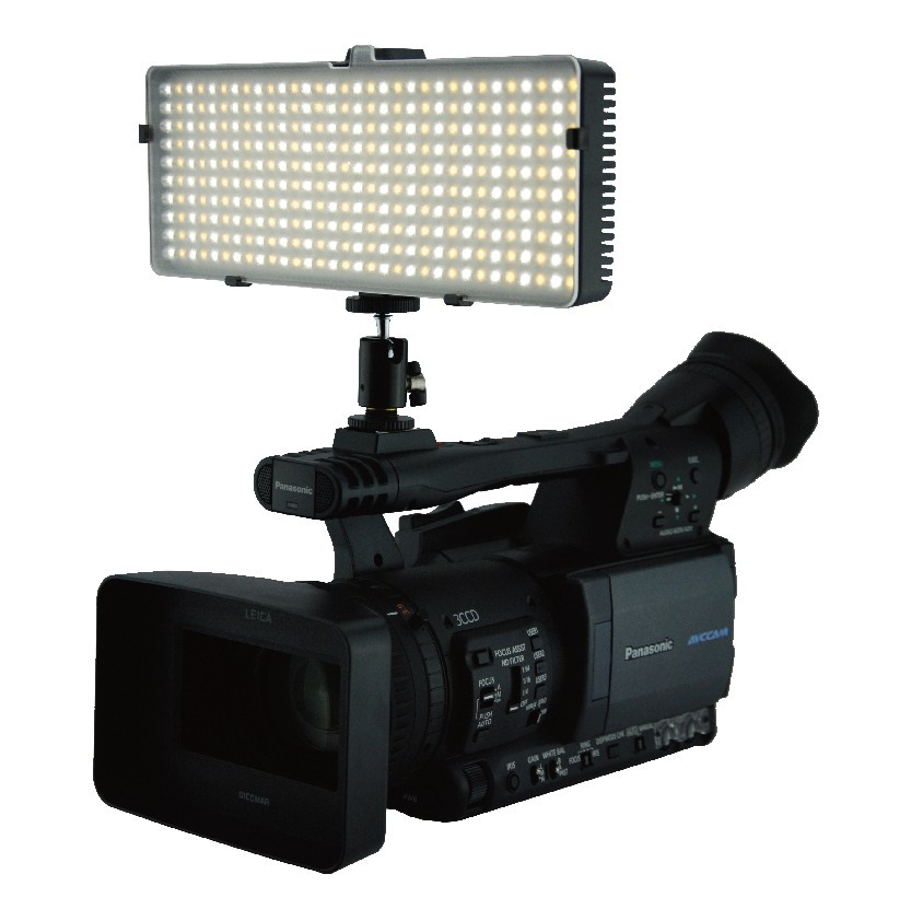 L-320BC LED Camera Light